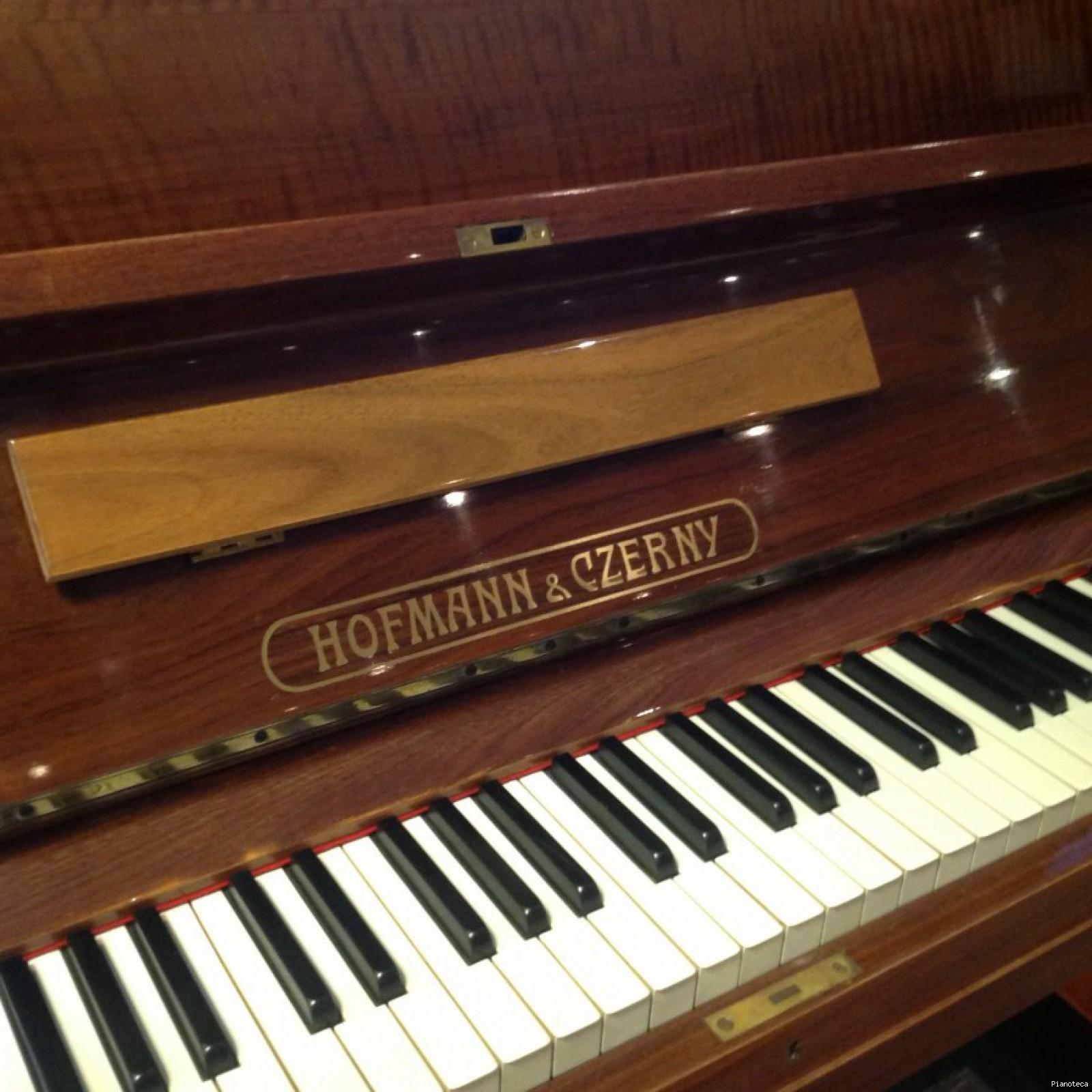 Hofmann & Czerny Pianos Information | Roberts Pianos - Oxford