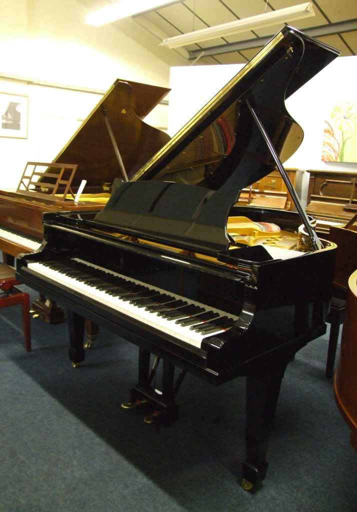 Photo of Steinway     Model M Grand piano