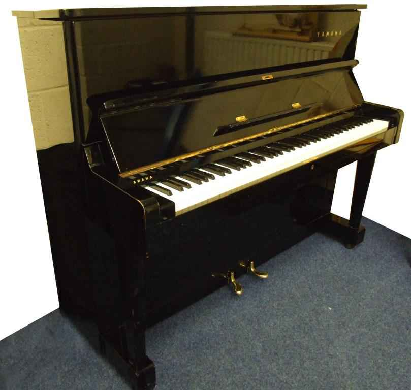 Photo of Yamaha U1D Upright piano