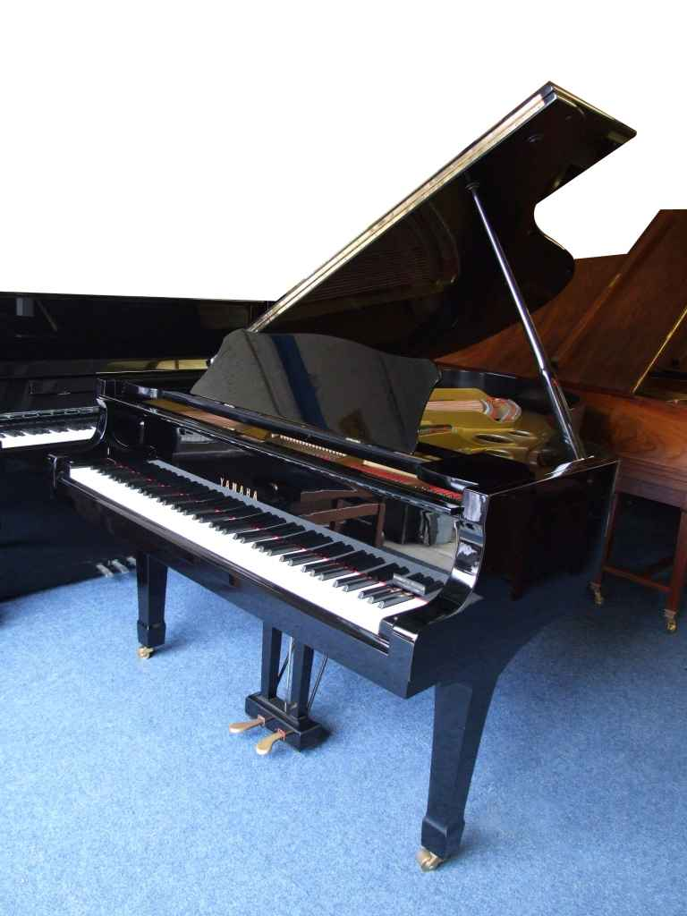 Photo of Yamaha  G5 Grand piano