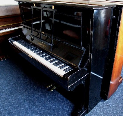 Photo of Bechstein 10 Upright piano