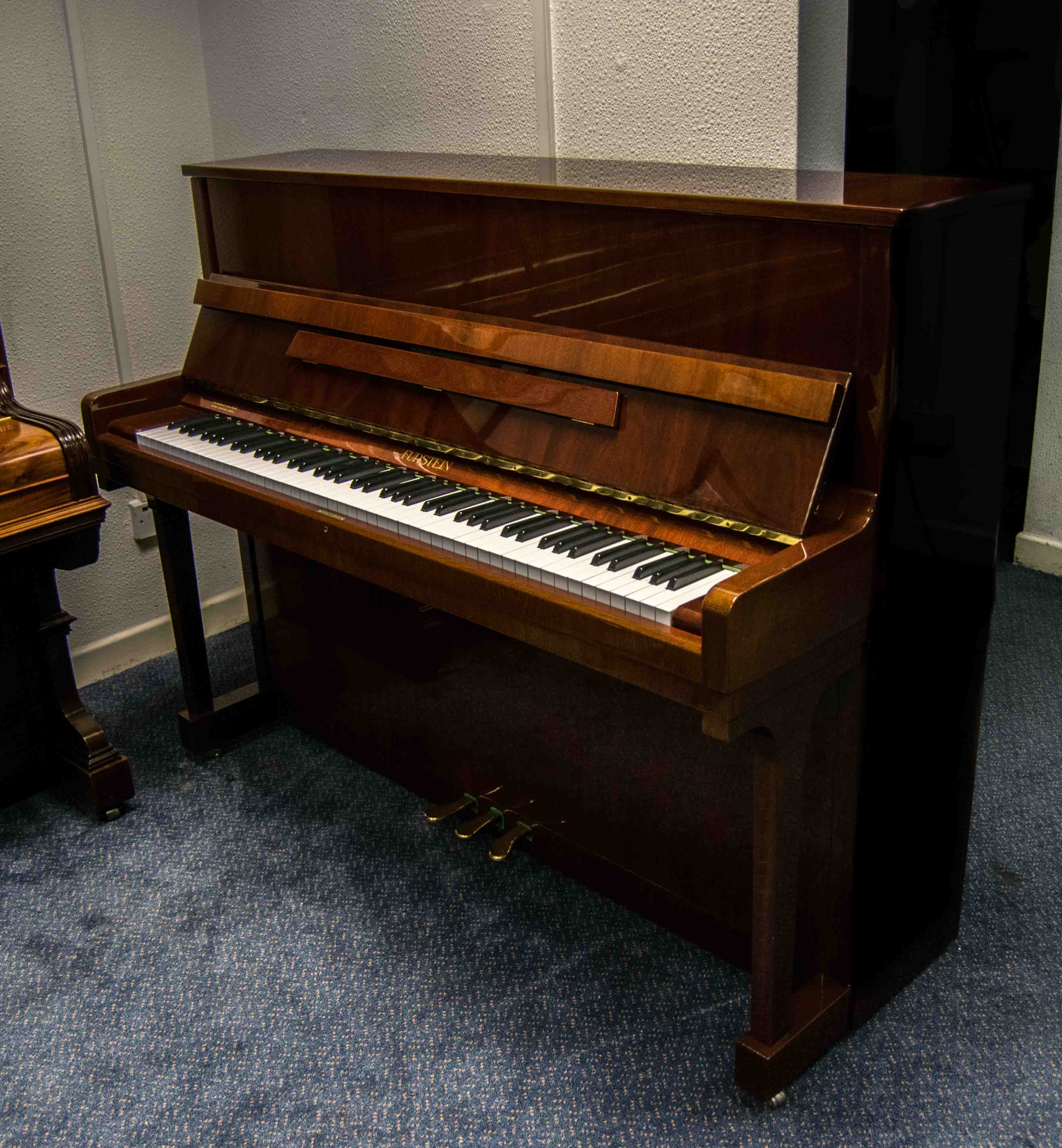 Photo of Furstein 118 Upright piano