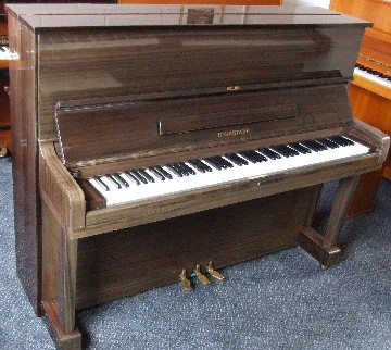 Photo of Eavestaff U832 Upright piano