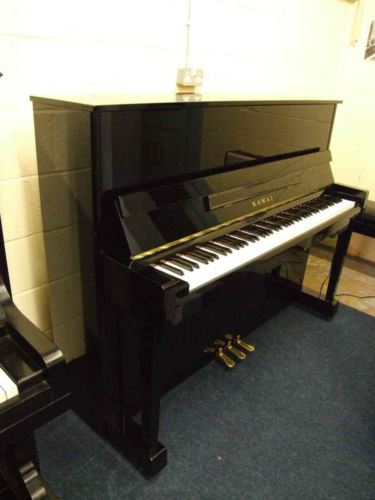 Photo of Kawai  AT125 Upright piano