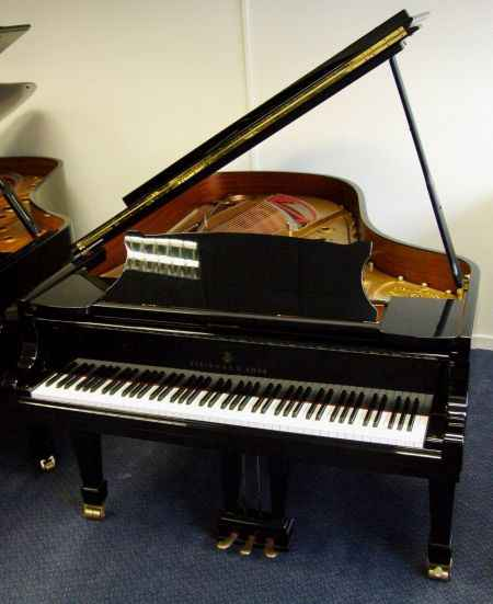Steinway grand upright prices roberts pianos for Yamaha grand pianos for sale