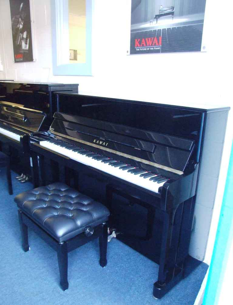 Photo of Kawai K200 Upright piano