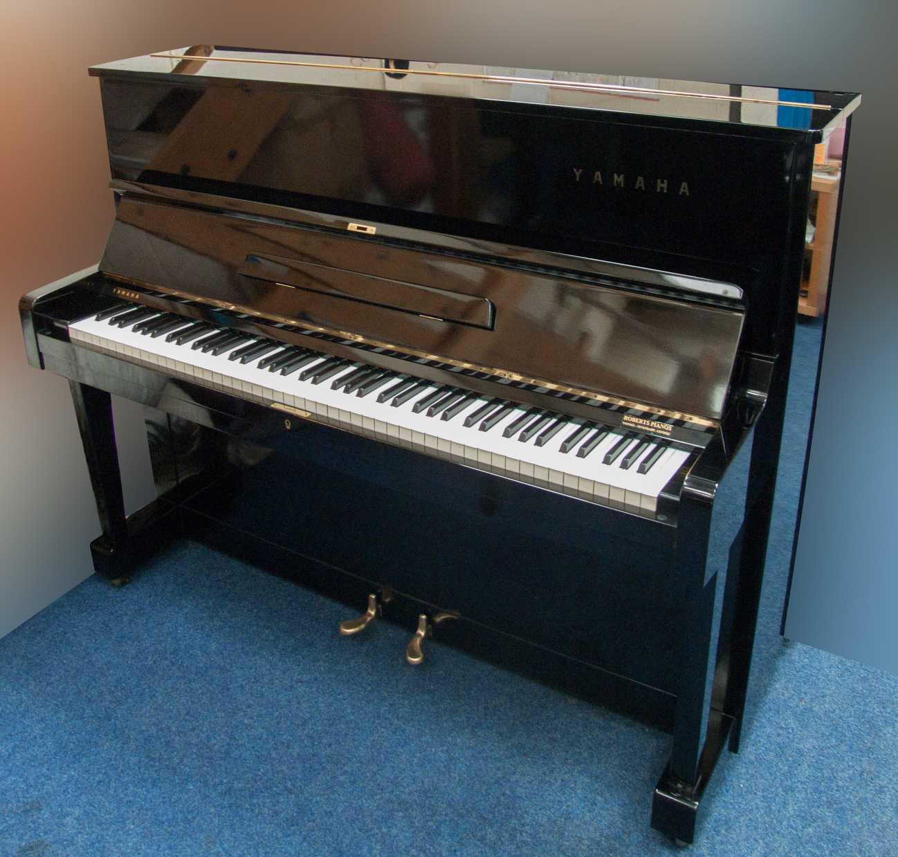 Photo of Yamaha U1D Upright piano