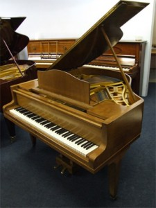 bluthner grand pianos 5 225x300 Piano Advice