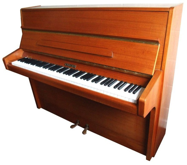 Comparison of a yamaha u1h and a knight k10 upright piano for Yamaha upright grand