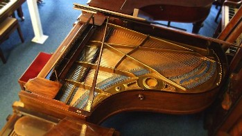 richard lipp grand piano