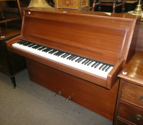 Lindner Pianos