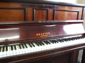 brasted upright piano03 Brasted, H&R Pianos