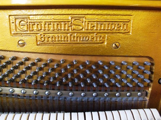 Grotrian Steinweg Upright Pins 01 Sell My Grotrian Steinweg piano