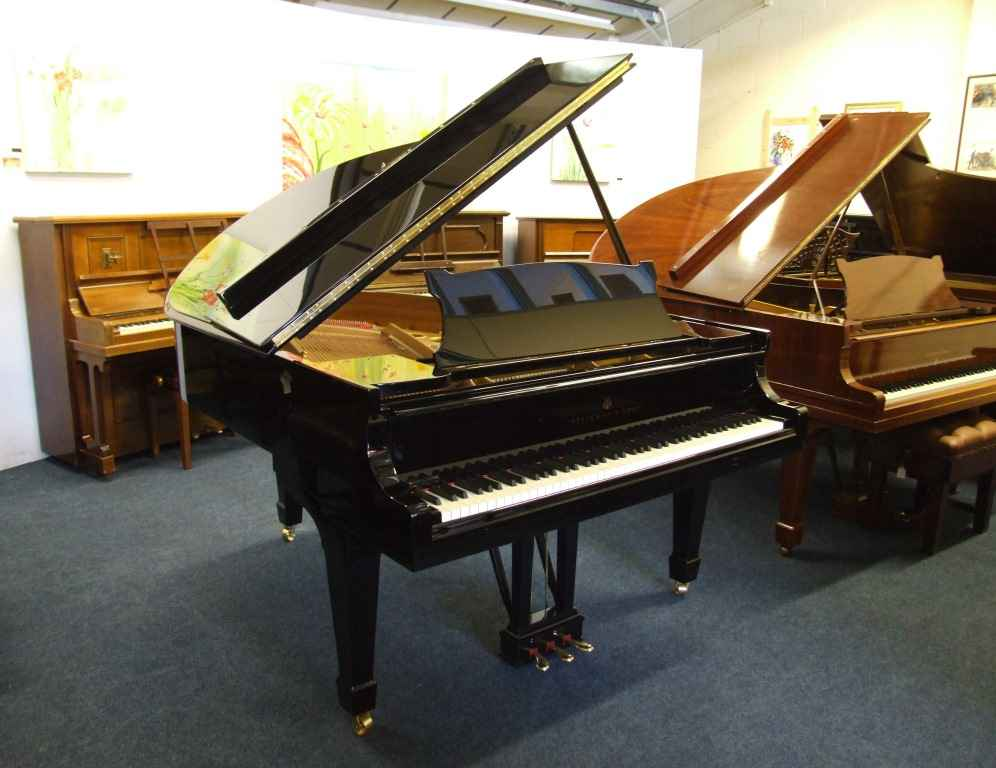 Pianos for sale - Steinway, Bluthner, Bosendorfer