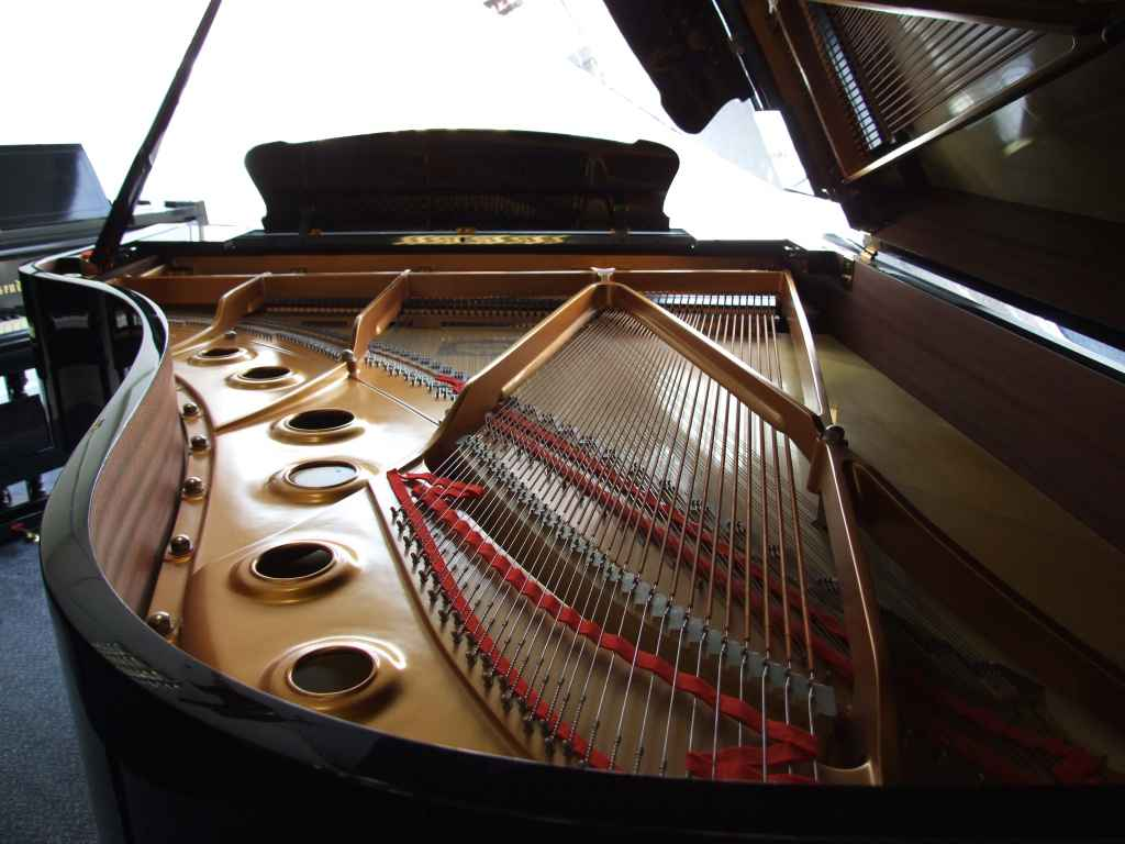 Yamaha pianos for sale. S6 grand piano