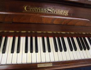 grotrian steinweg upright piano nameboard and keys